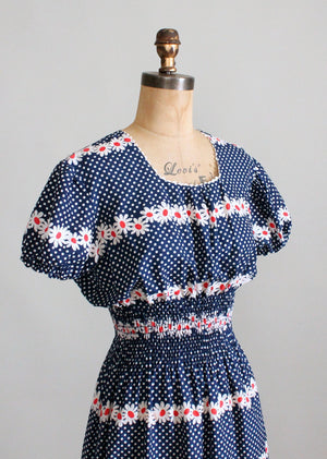 Vintage 1940s Daisies and Dots Day Dress