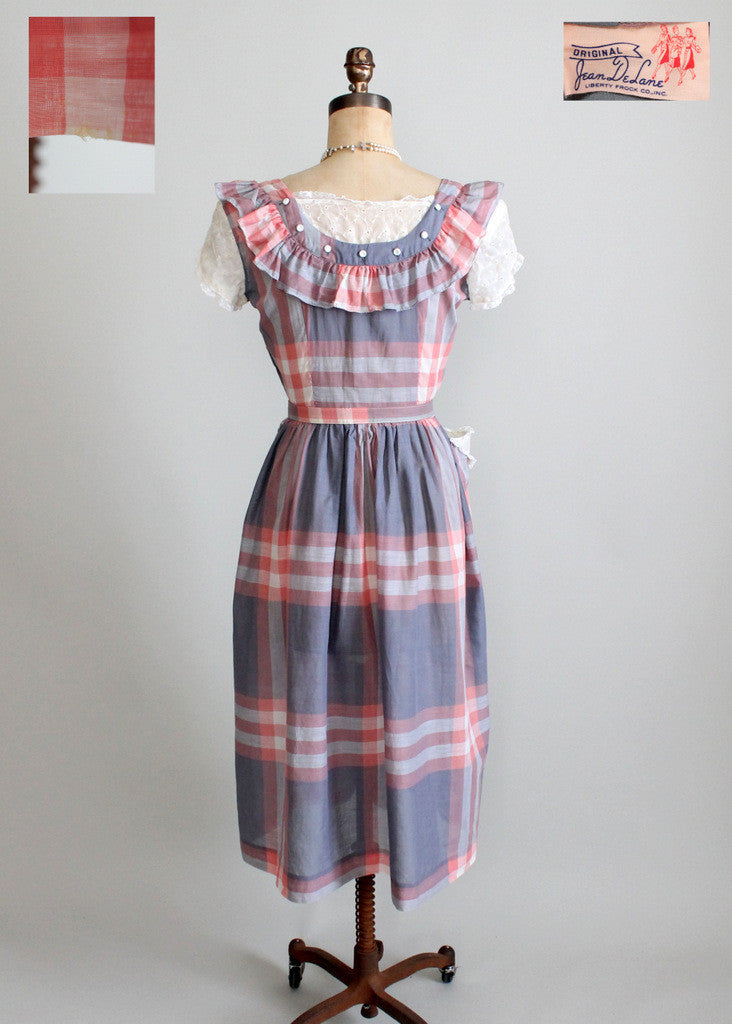 Vintage 1940s cotton day dress frock