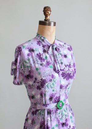 Vintage 1940s Purple Rayon Novelty Print Day Dress