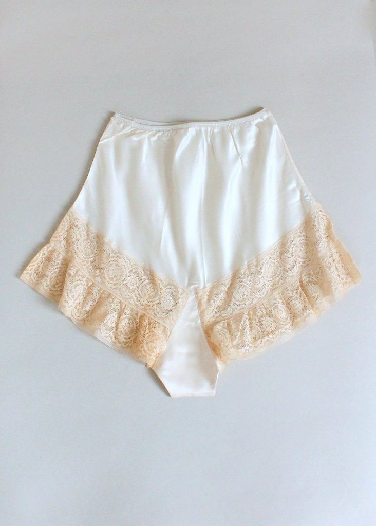 Vintage 1930s Ivory Rayon and Lace Tap Pants NOS