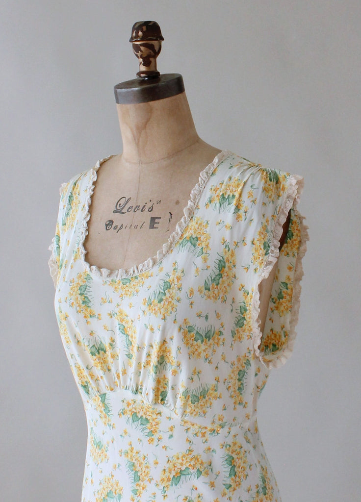 Vintage 1940s Spring Yellow and Green Floral Gown