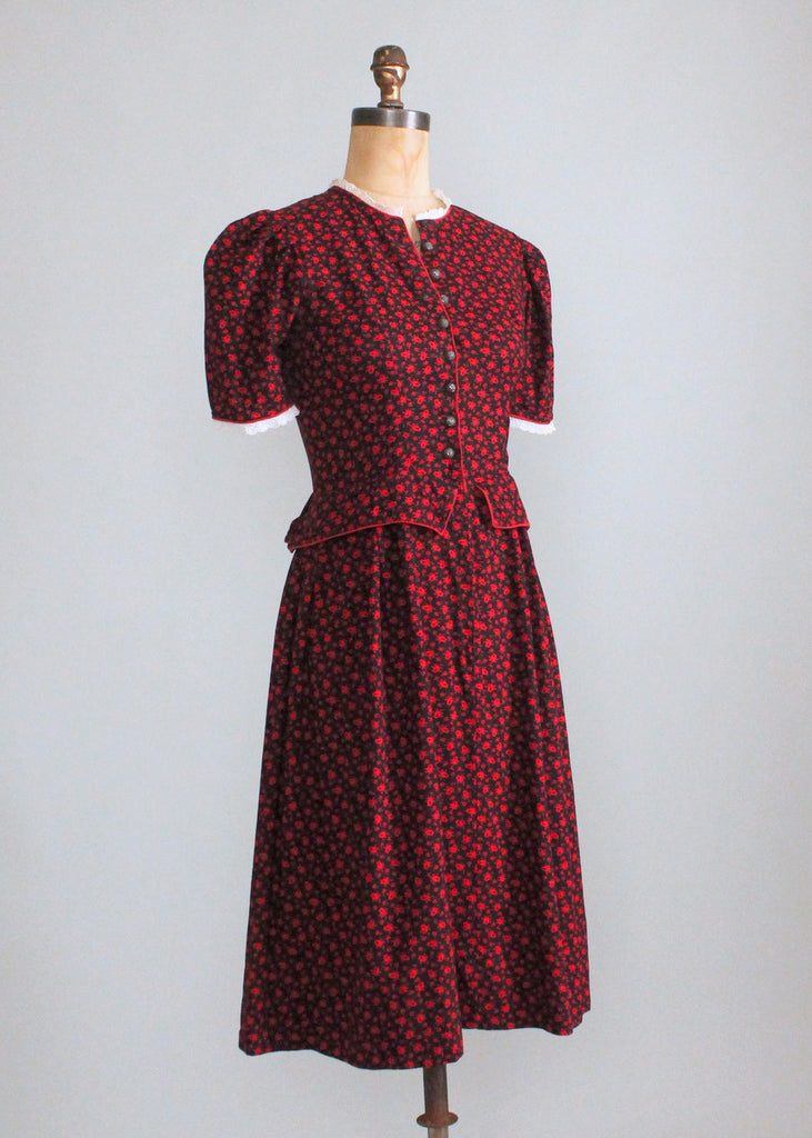 Vintage 1950s Munchen German Octoberfest Dress