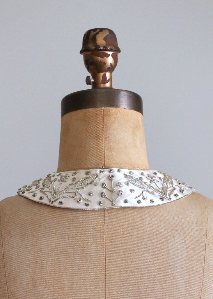 Vintage 1950s Silver Metallic Embroidered Sweater Collar