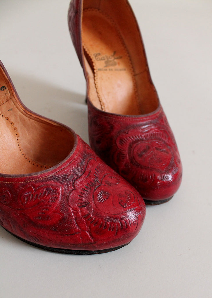 Vintage Early 1950s Mexican Red Tooled Leather Shoes