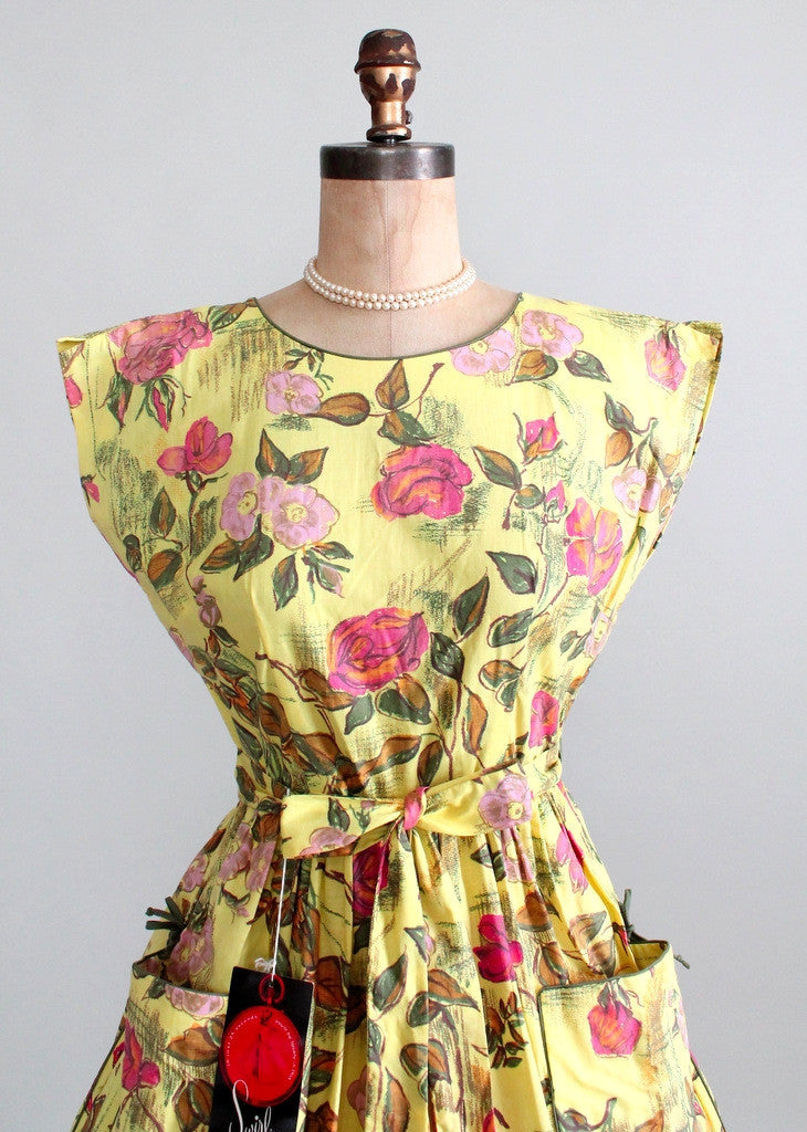 Vintage 1950s Swirl Floral Sketch Wrap Dress NOS