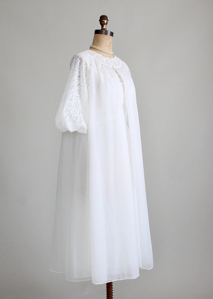 Vintage 1950s Wedding robe and gown set