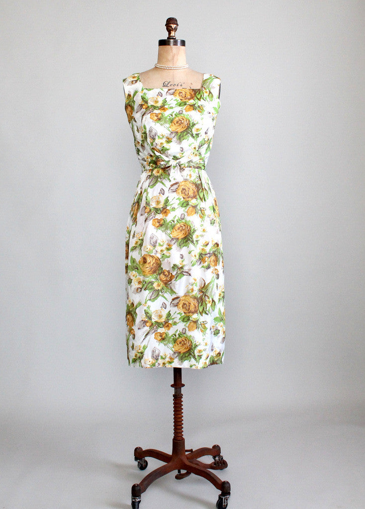 Vintage 1950s Yellow Rose Floral Dress