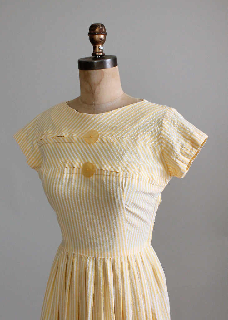 Vintage 1950s Yellow Seersucker Summer Day Dress