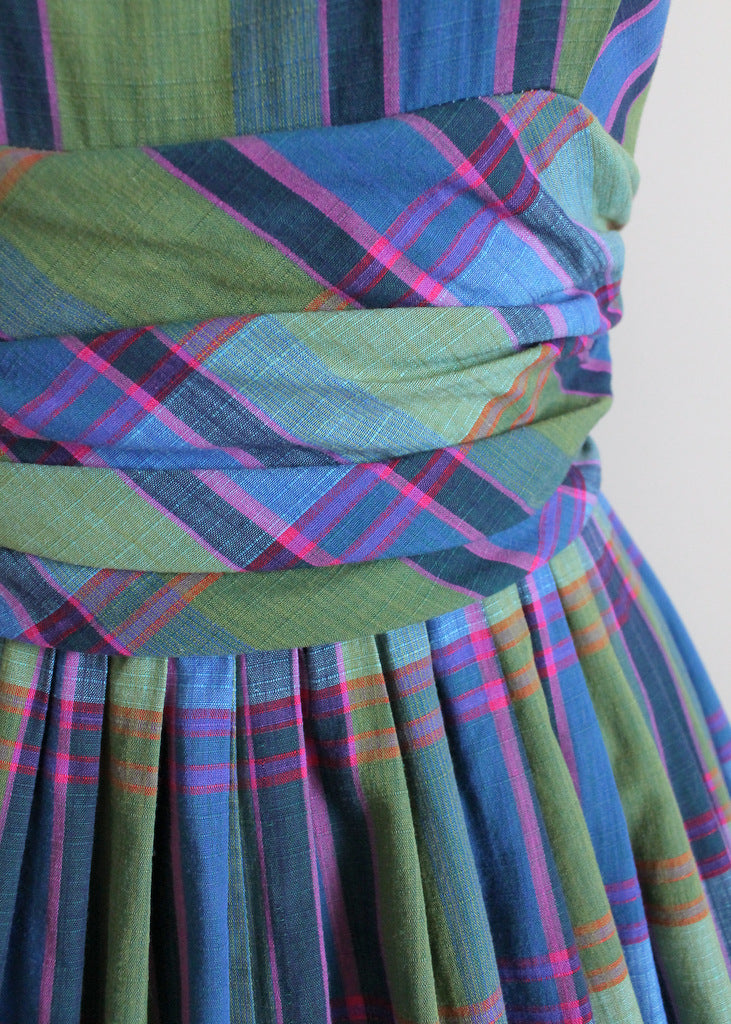 1950s plaid full skirt dress