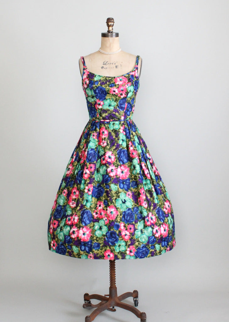 1950s floral, full skirt sundress