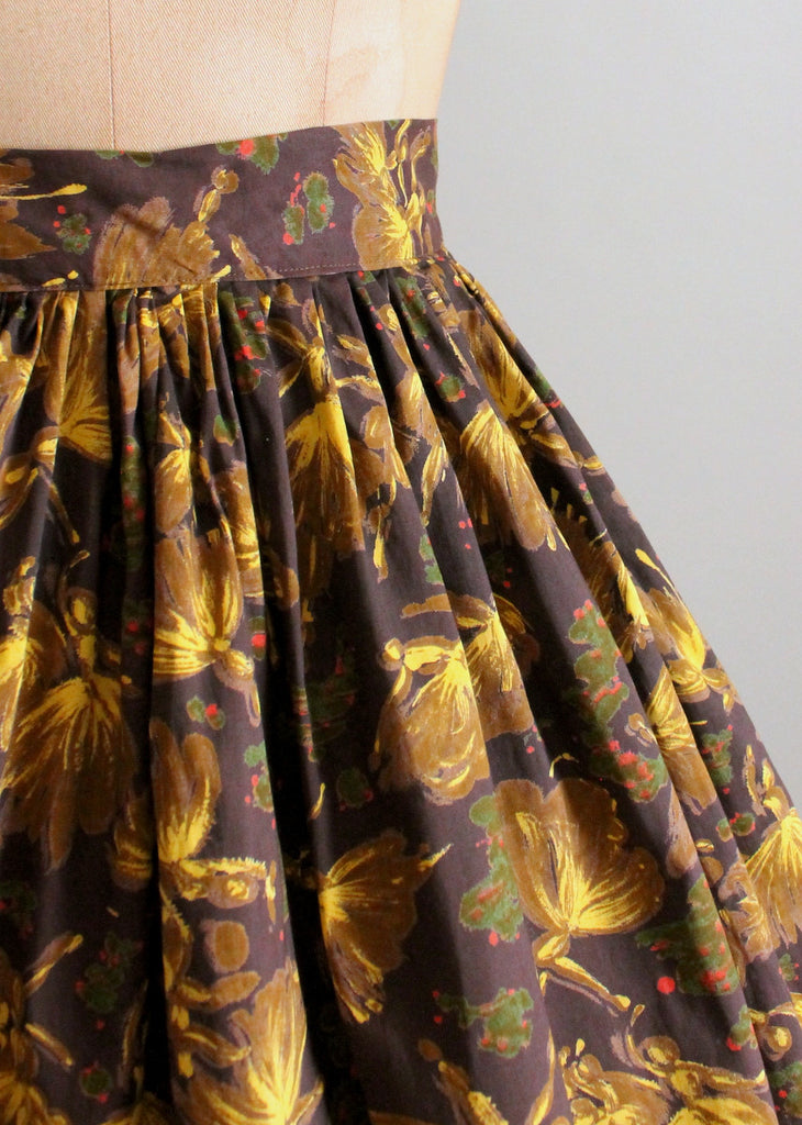 Vintage 1950s Tiny Dancers Novelty Print Full Skirt