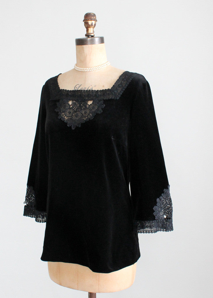 Vintage 1960s MOD Black Velvet and Lace Tunic Top