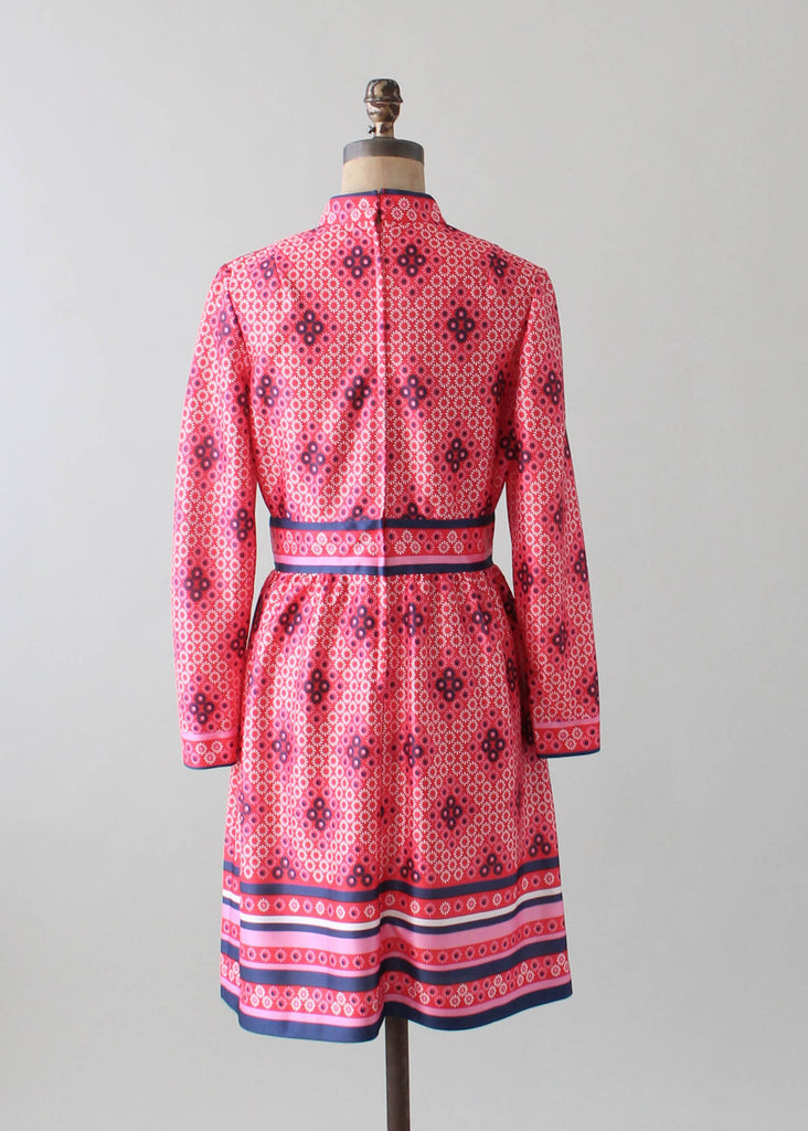 Vintage 1960s Pink and Blue MOD Day Dress
