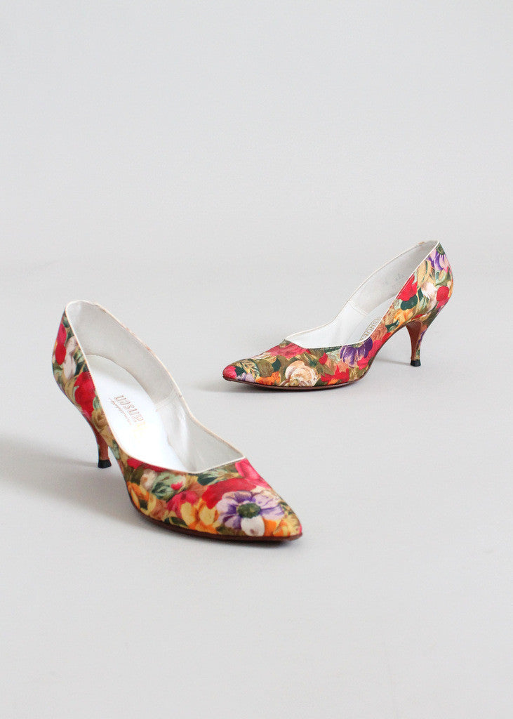FREE shipping on US orders over  200 (some exceptions apply). Home    Products   Vintage 1960s Floral Garden Kitten Heel Pumps ...