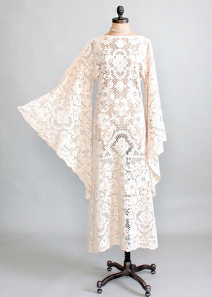 Vintage Early 1970s Quaker Lace Wedding Dress