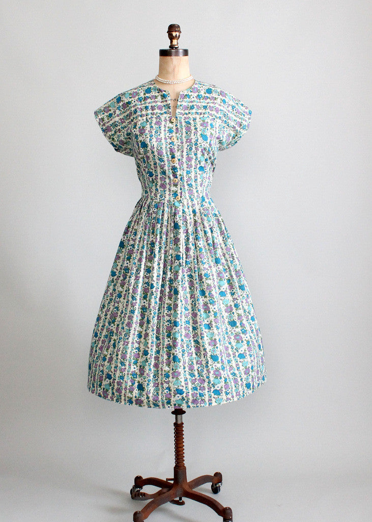 1960s floral Mad Men full skirt dress