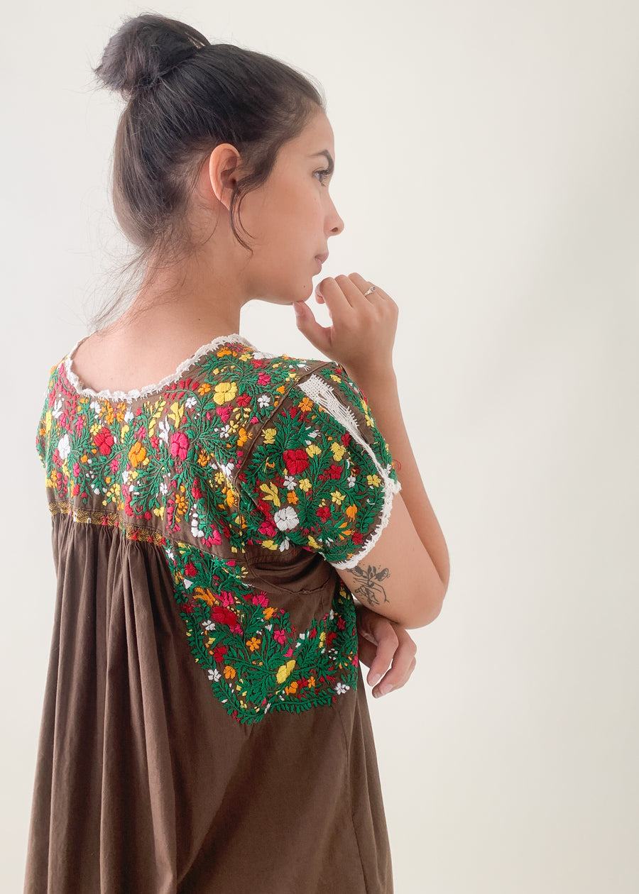 Vintage 1970s Mexican Embroidered Cotton Dress