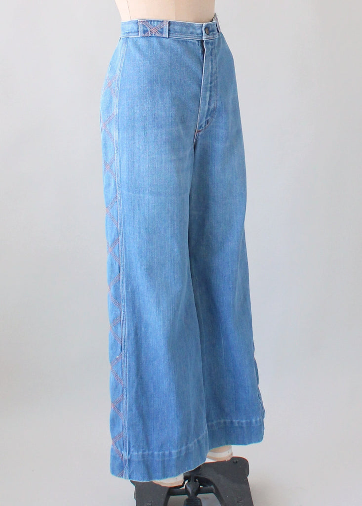 Wonderful Vintage 1970s Wrangler Bell Bottoms with Stitched Sides | Raleigh  GO08
