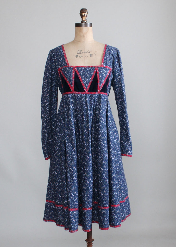 Vintage 1970s Gunne Sax Blue Calico Dress