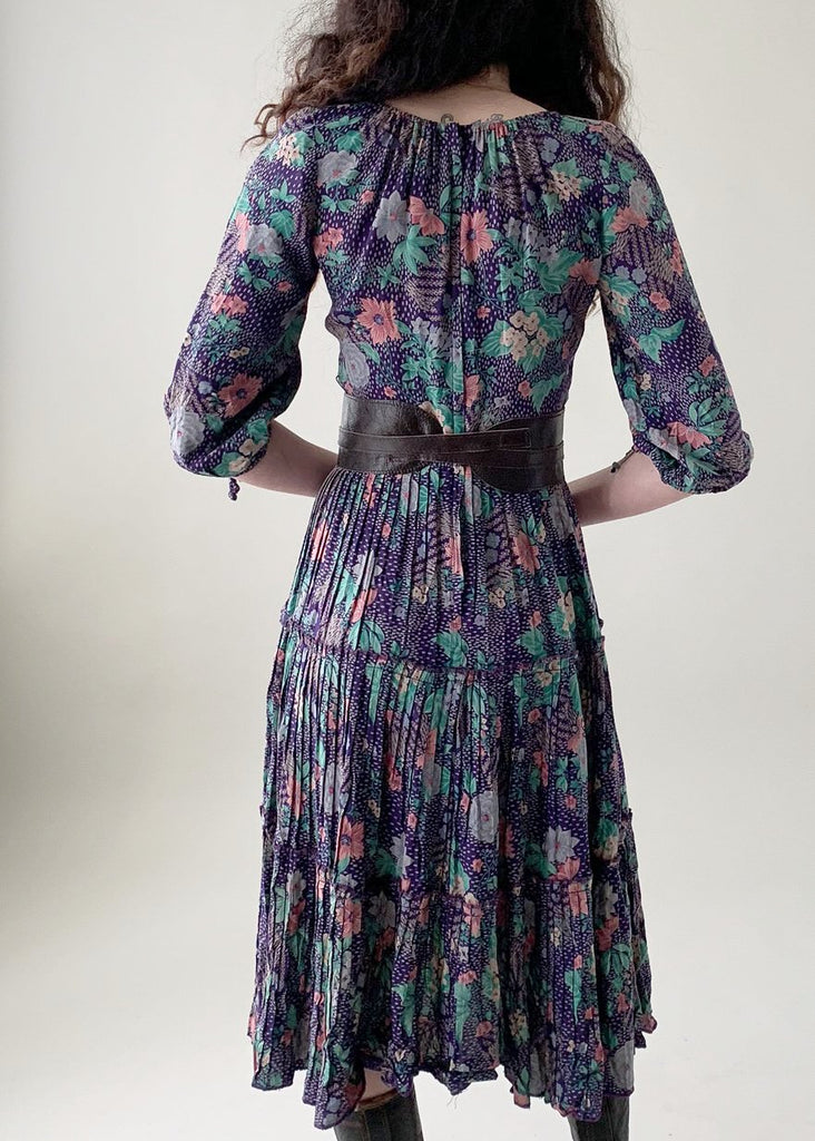Vintage 1970s Floral Peasant Dress