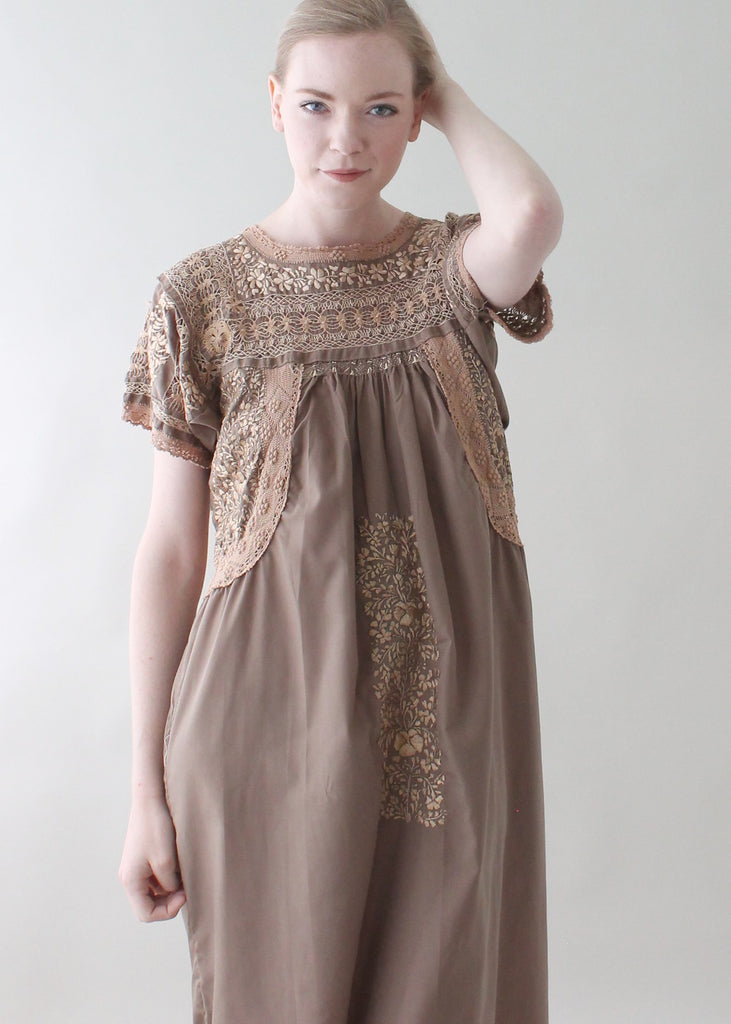 Vintage 1970s Embroidered Mexican Summer Dress