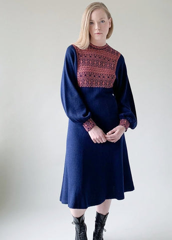 Vintage 1970s Navy Knit Dress