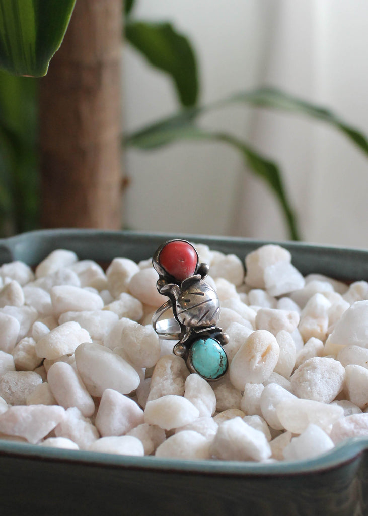 Vintage 1970s Turquoise and Coral Silver Statement Ring
