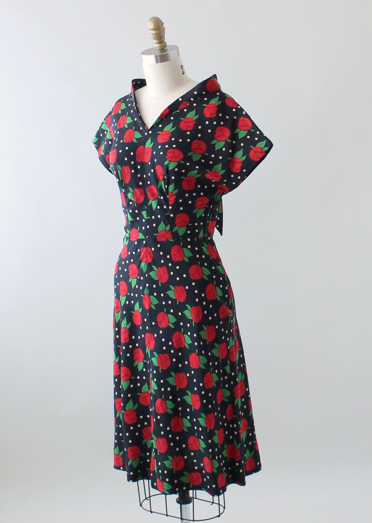 Vintage 1940s Red Roses Print Black Silk Dress