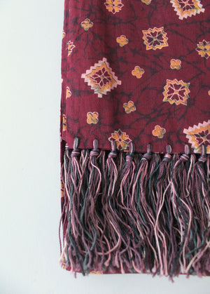 Vintage 1940s Rayon Fringed Fancy Scarf