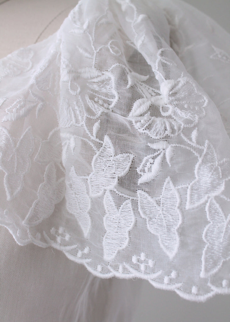 Vintage 1940s Embroidered Organdy Blouse