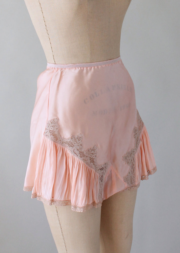 Vintage  1940s Pleats and Lace Tap Pants