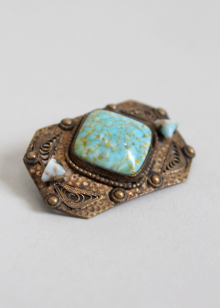 Edwardian Arts and Crafts Glass and Filigree Brass Brooch
