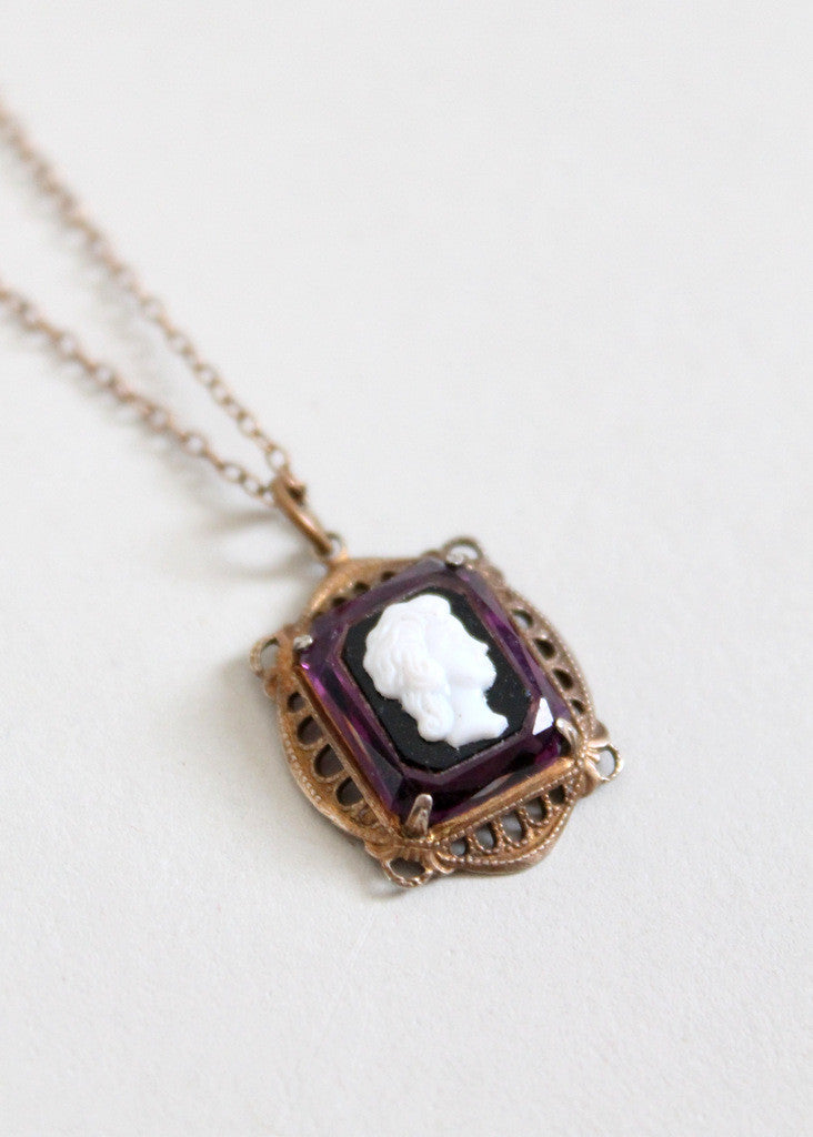Antique Edwardian Plum Glass Cameo Necklace