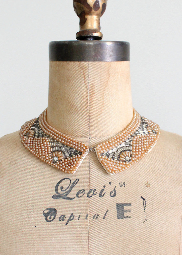 Vintage 1960s pearl beaded collar