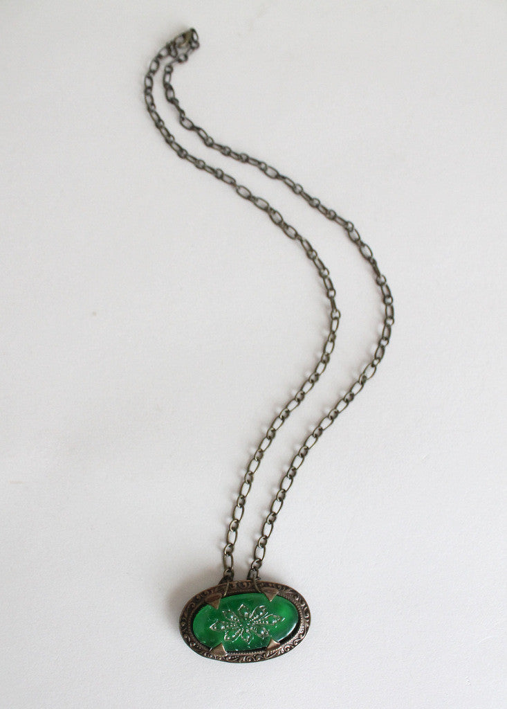 Vintage 1920s Green Glass Brooch Necklace