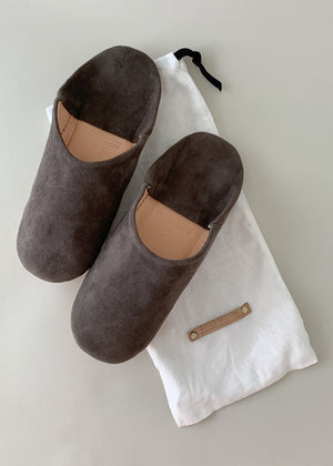 Moroccan Babouche Suede Slippers - Dark Grey