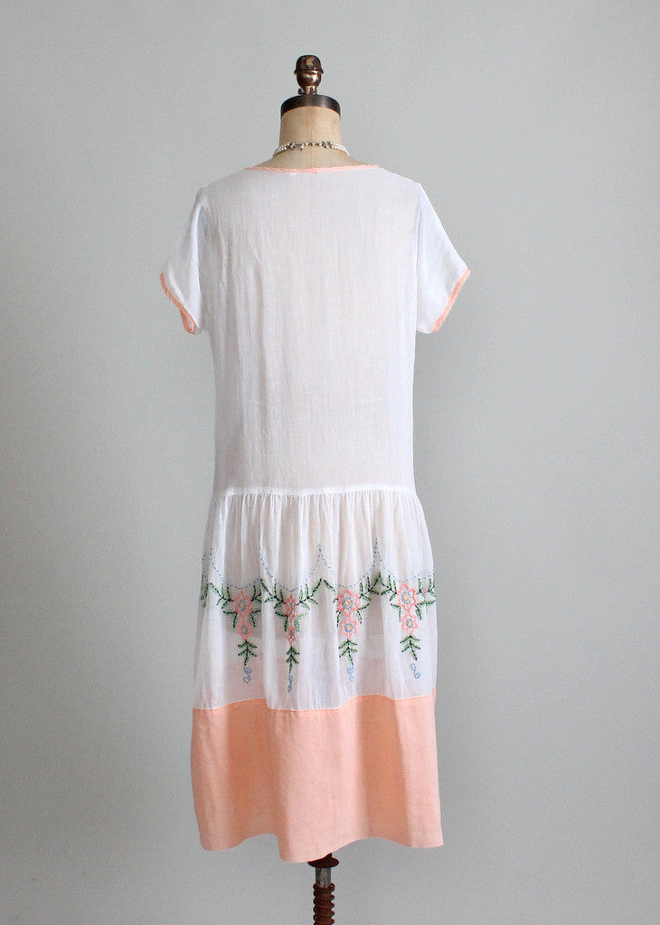 Vintage 1920s Flapper Day Dress