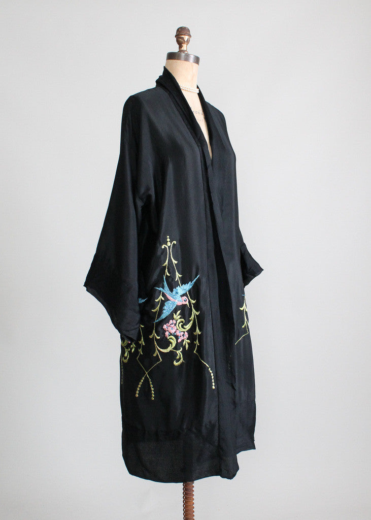 Vintage 1920s Silk Embroidered Kimono Robe Raleigh Vintage