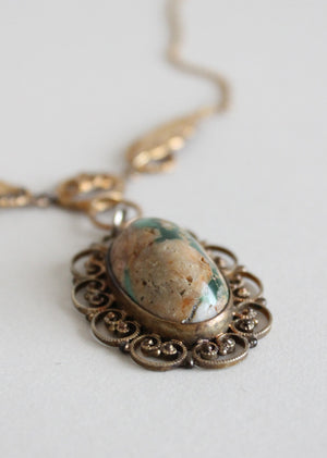 Vintage green agate stone necklace