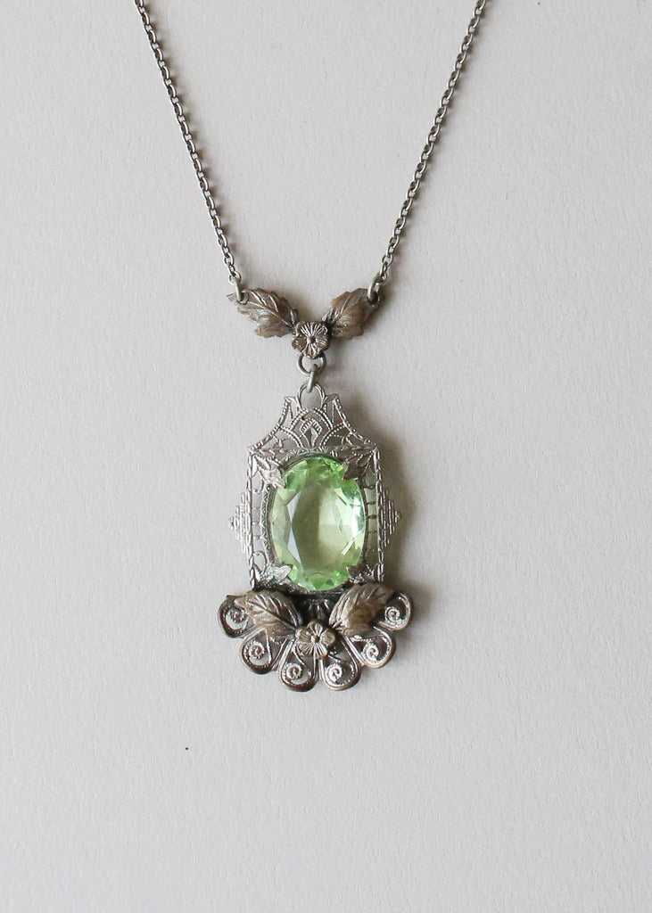 Vintage 1930s Green Glass and Filigree Necklace