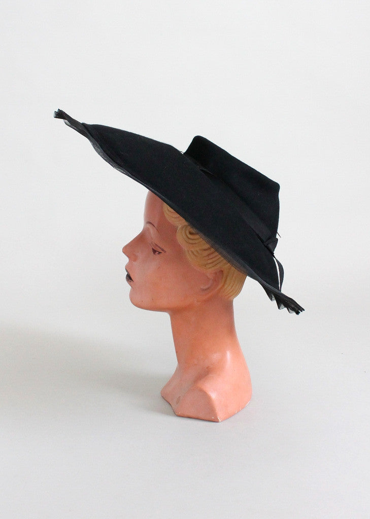 Vintage Early 1940s Dramatic Cartwheel Hat
