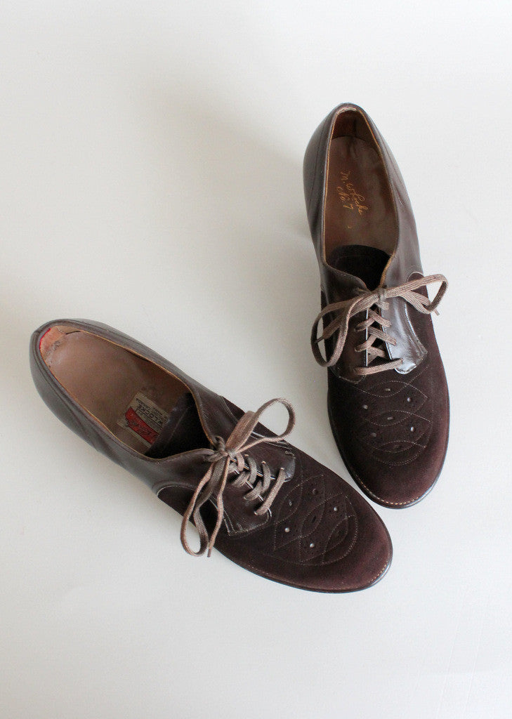 Vintage 1940s Brown Suede Lace Up Oxfords Size 7