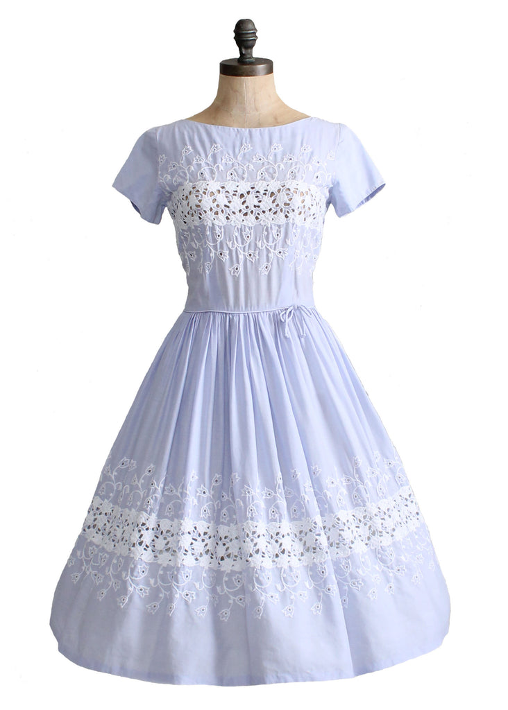 Vintage 1950s Lavender and Lace Cotton Dress