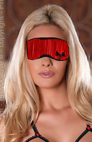 Provocative Simplement Moi Mask-Accessories-Provocative-Red/Black-One Size-Luxe Lingerie