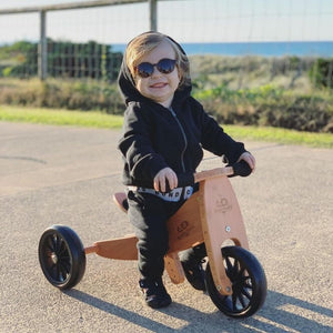 Tips For Getting Your Toddler To Keep Their Sunglasses On