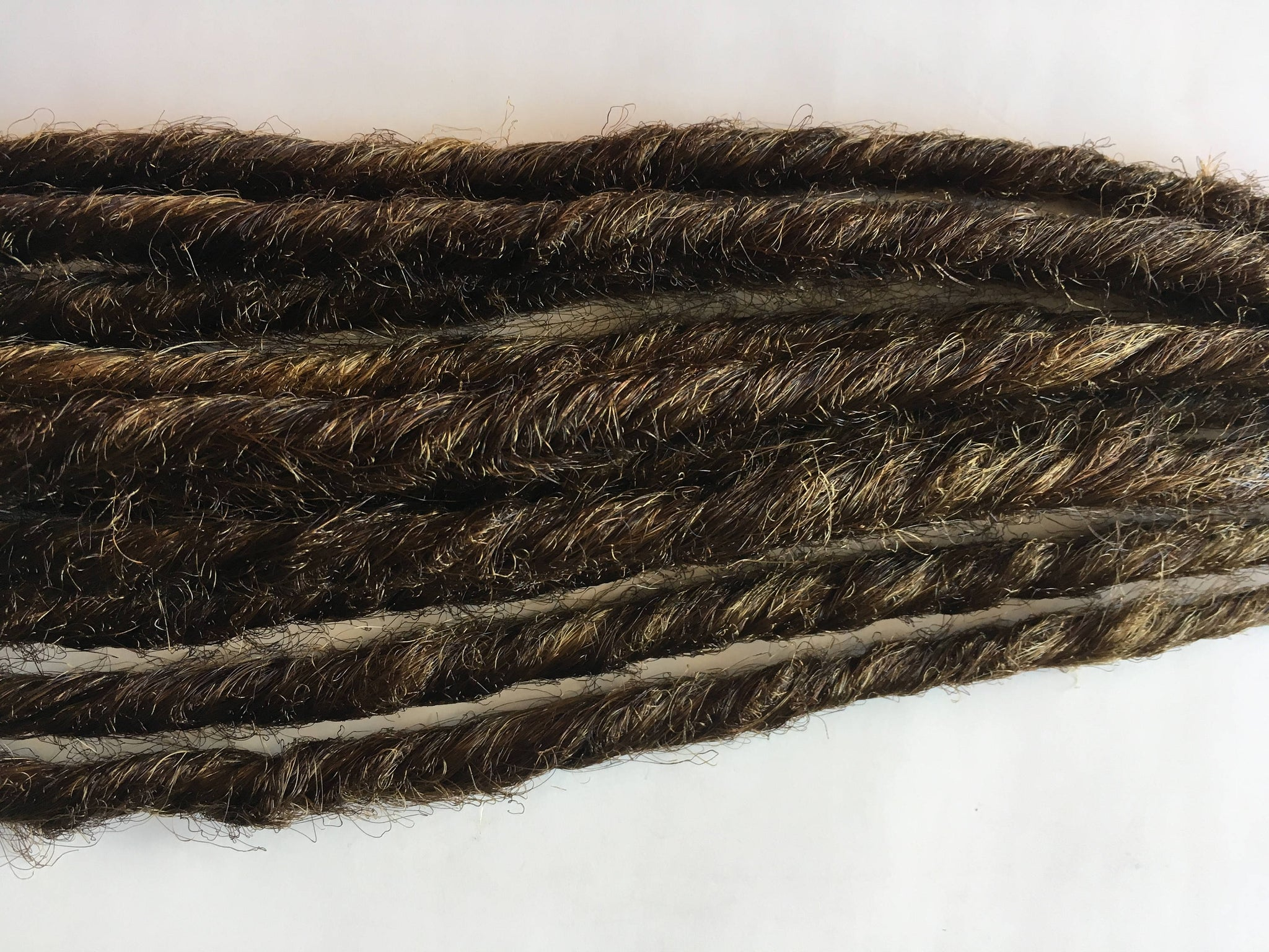 10 SE Single Ended Synthetic Dreads Light Brown Dreadlock Braid Hair Extensions