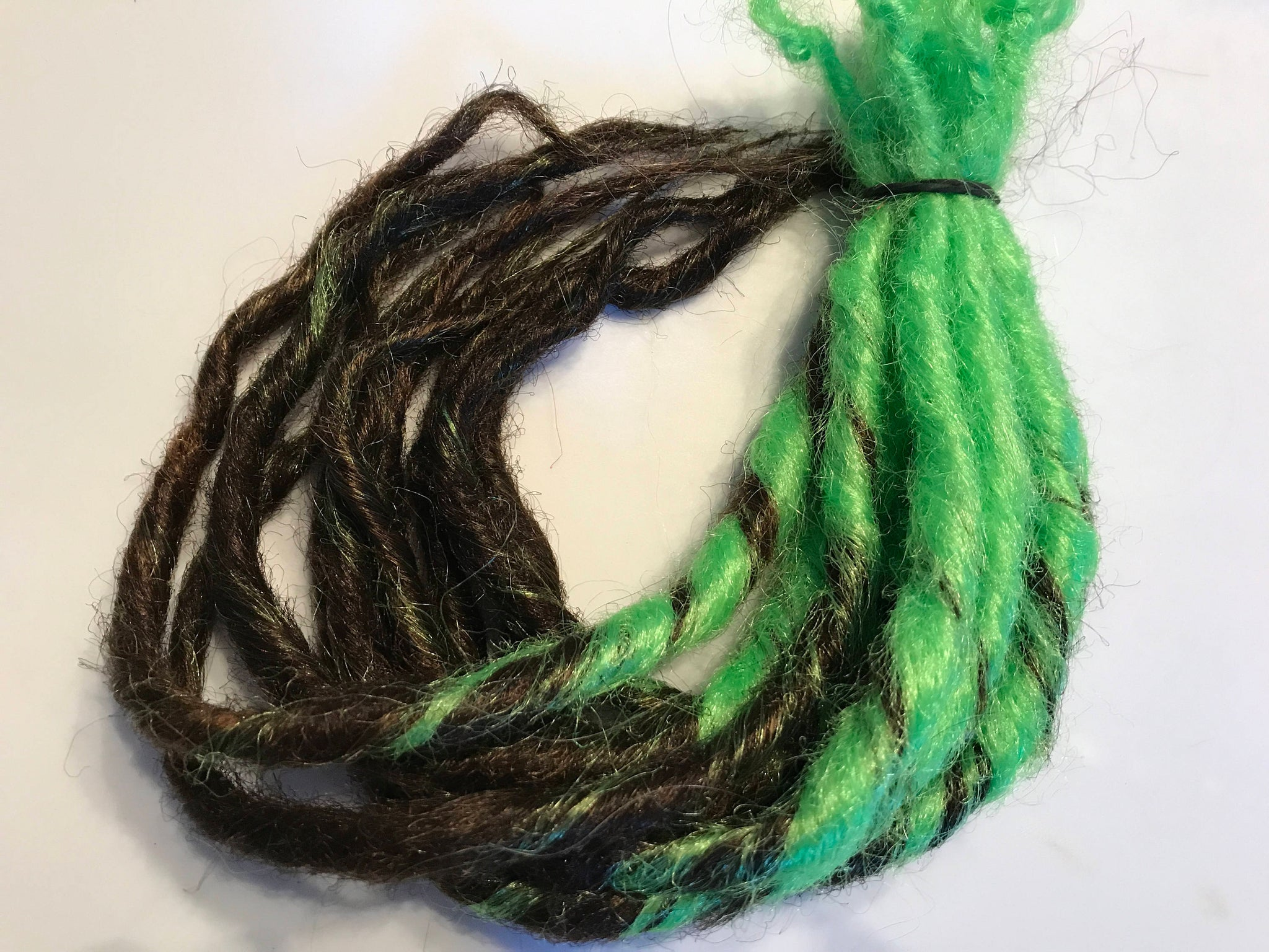 10 SE Synthetic Dreads Ombre Transitional Green Auburn Brown Dreadlock Hair Extensions Knotty