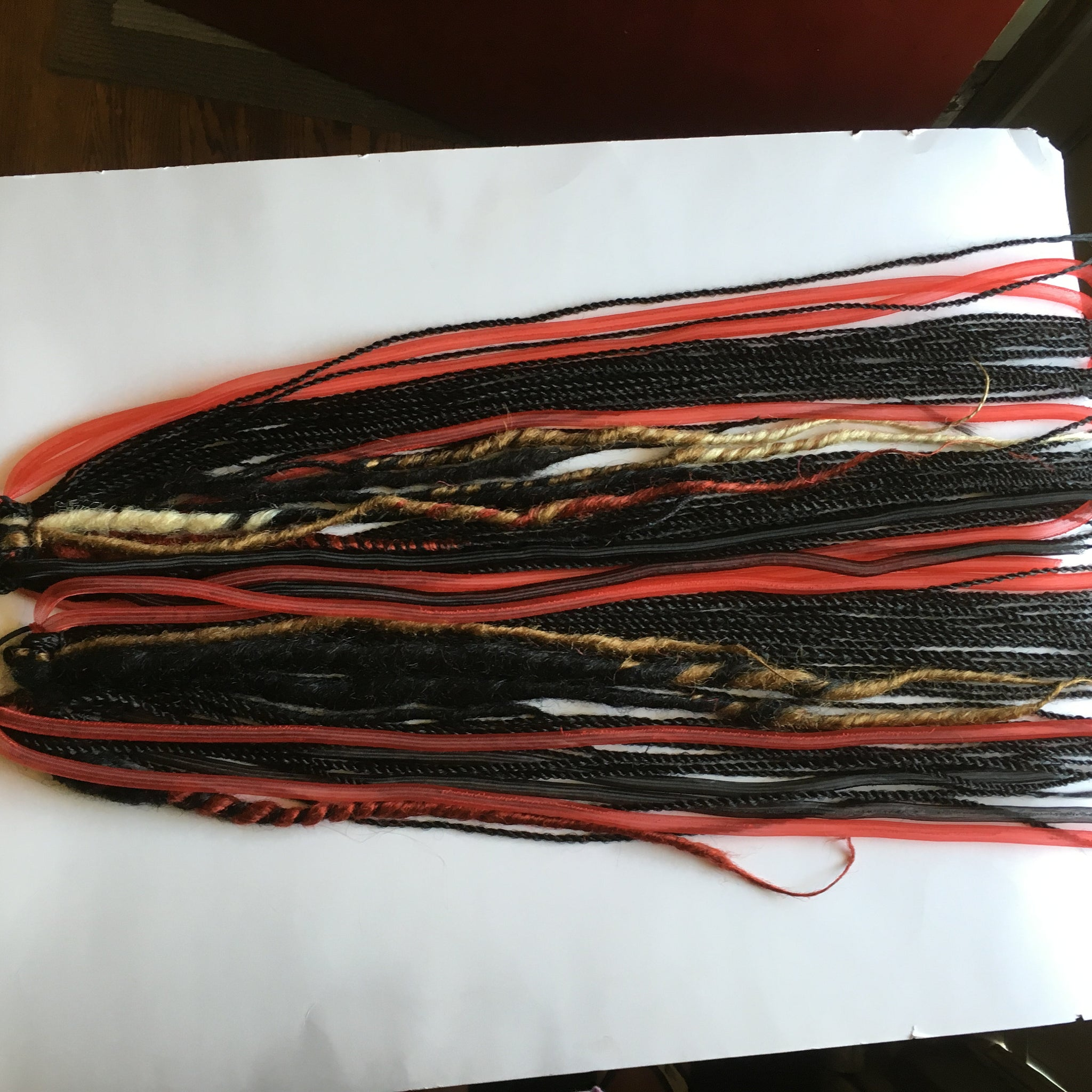Red Black Cyberlox Crin Mesh Tubing Dreadlock Dread Falls Krinkle Puff Dreadlock Hair Extensions