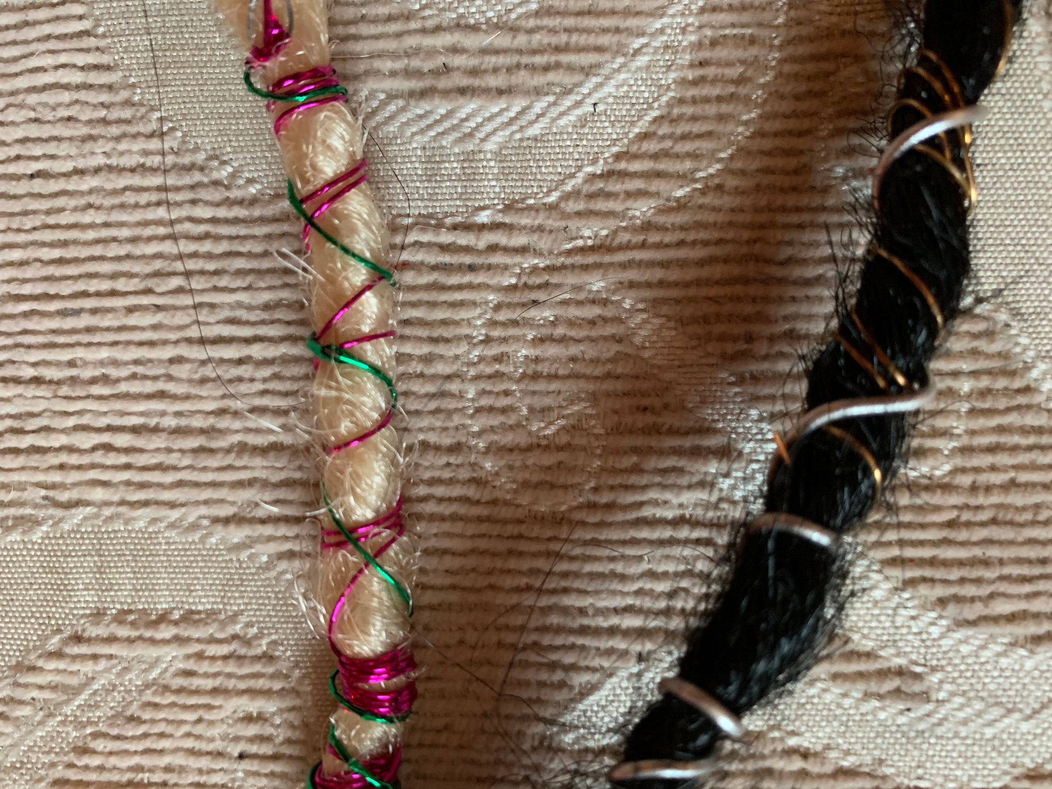 Black Blonde Wire Wrapped Clip Dreads Synthetic Dreadlocks Coils Pink Blue Gold Silver Wraps
