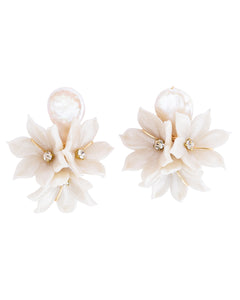 The Pink Reef pearl bouquet earring